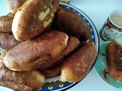 Пирожки со щавелем, жаренные в масле