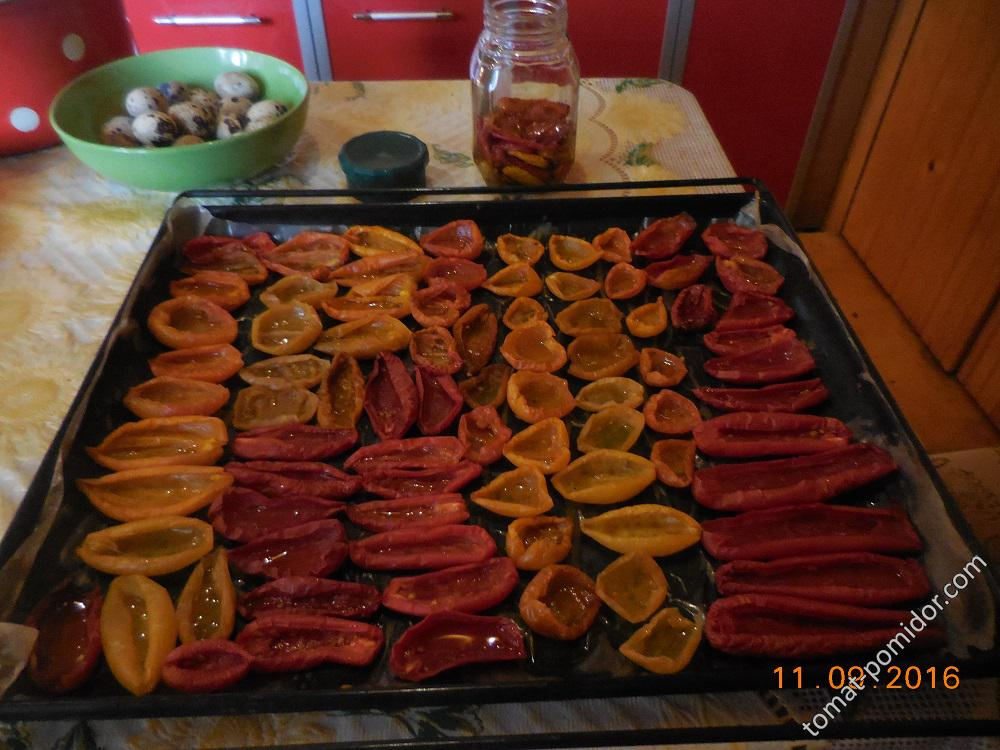 Готовые вяленые помидоры