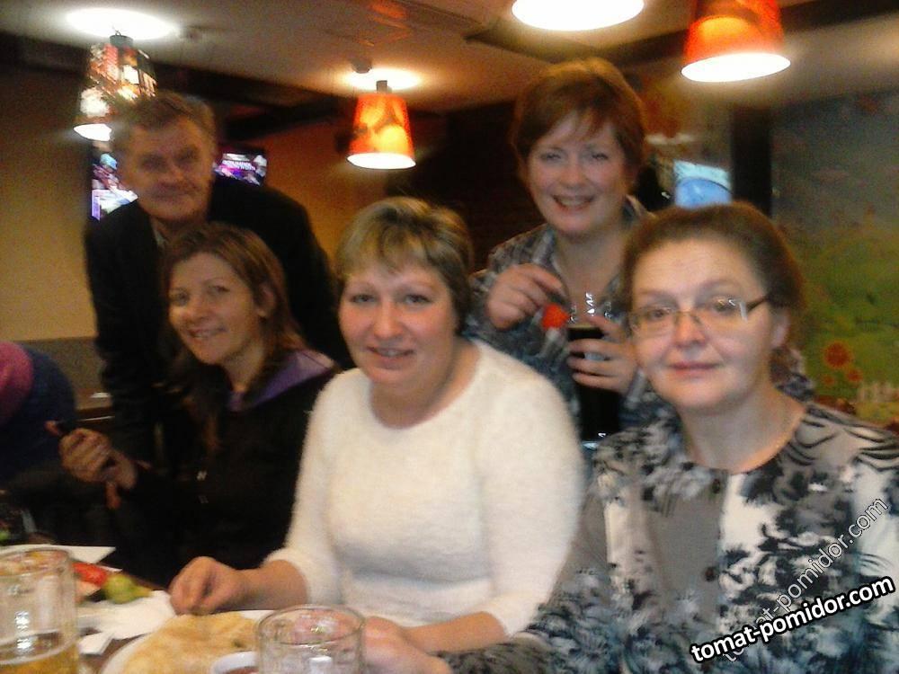 Слава, Наташа ( Рыжая), Татьяна, Валерия, Люба ( Гуля)