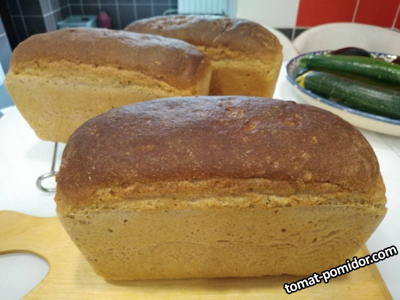 Хлеб пшеничный из смешанной муки на хмелевой закваске и пекарских дрожжах