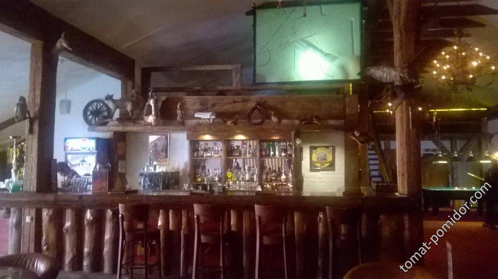 Один из баров