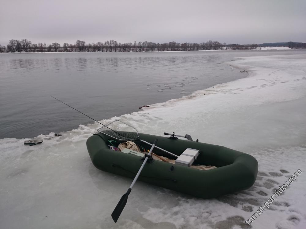 Рыбалка 4.03.2016г.(р. Ока)