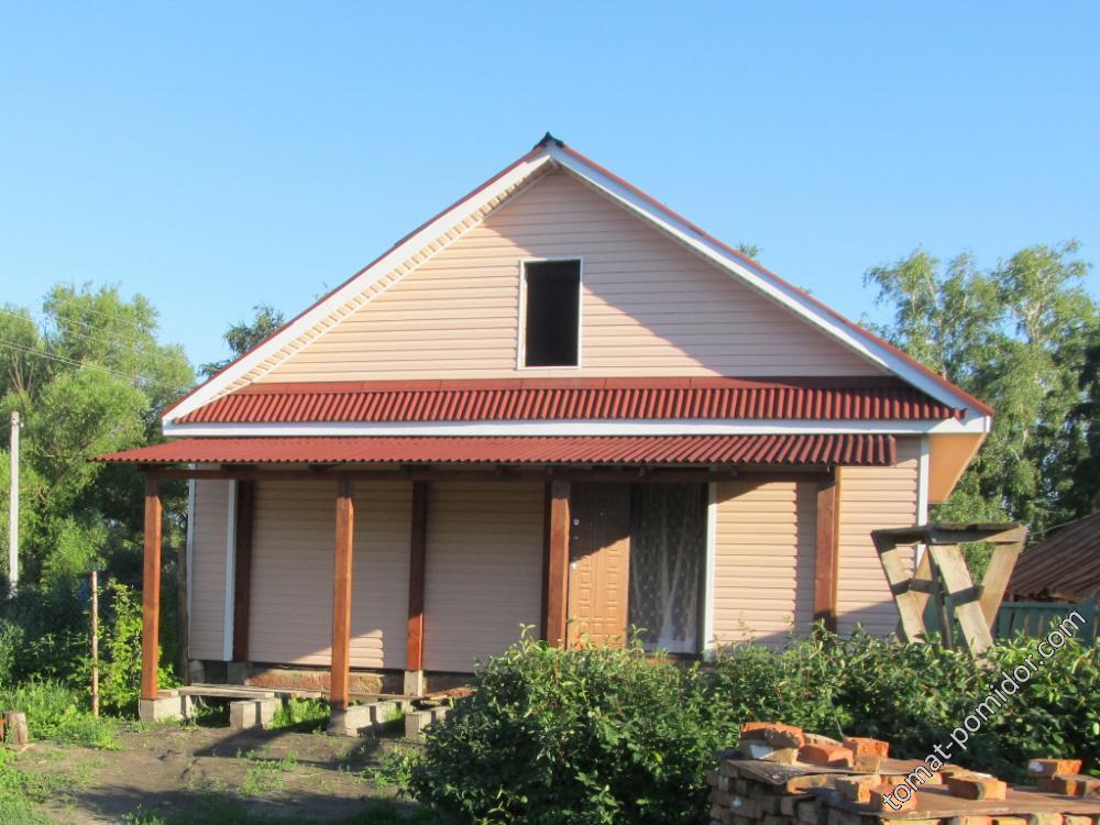 Крыша над верандой